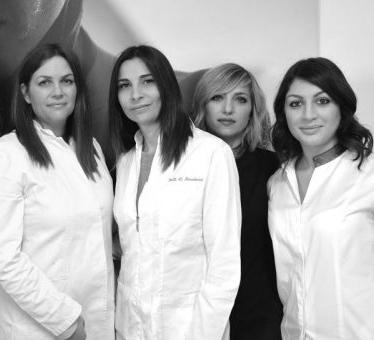 staff-medicalatina-bw-374x340